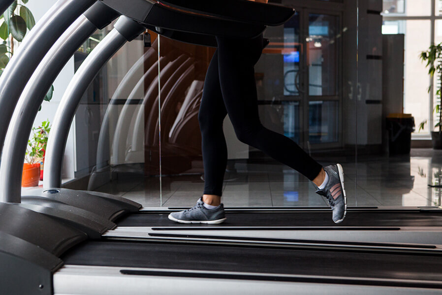 筋力低下を避けるには適度な運動が必要不可欠